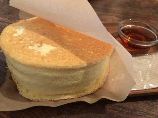 シロカネラウンジのパンケーキ
