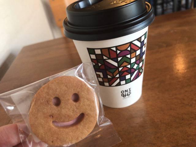 オニバスコーヒークッキーと浅煎りコーヒー