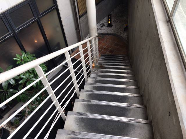 京鼎樓(ジンディンロウ)HANARE(ハナレ)店は地下1階