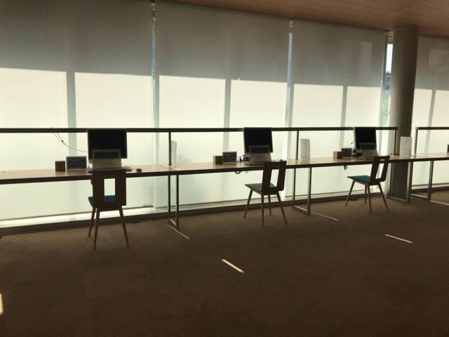 大崎図書館自習スペース