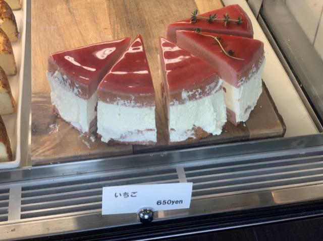 エーワークスいちごのチーズケーキ