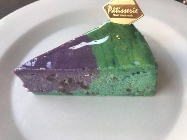 チョコミントのチーズケーキ