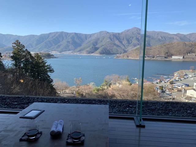 河口湖が見渡せる眺望