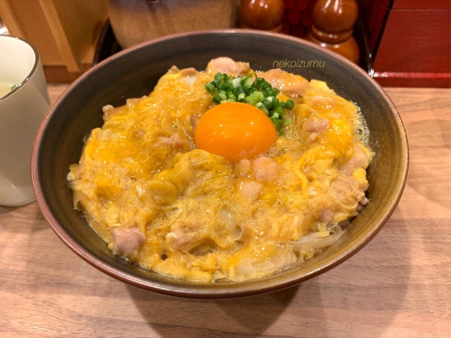 ○勝の親子丼