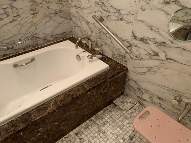 トスラブ箱根ビオーレ浴槽